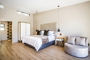 Hlangana Lodge Deluxe Room