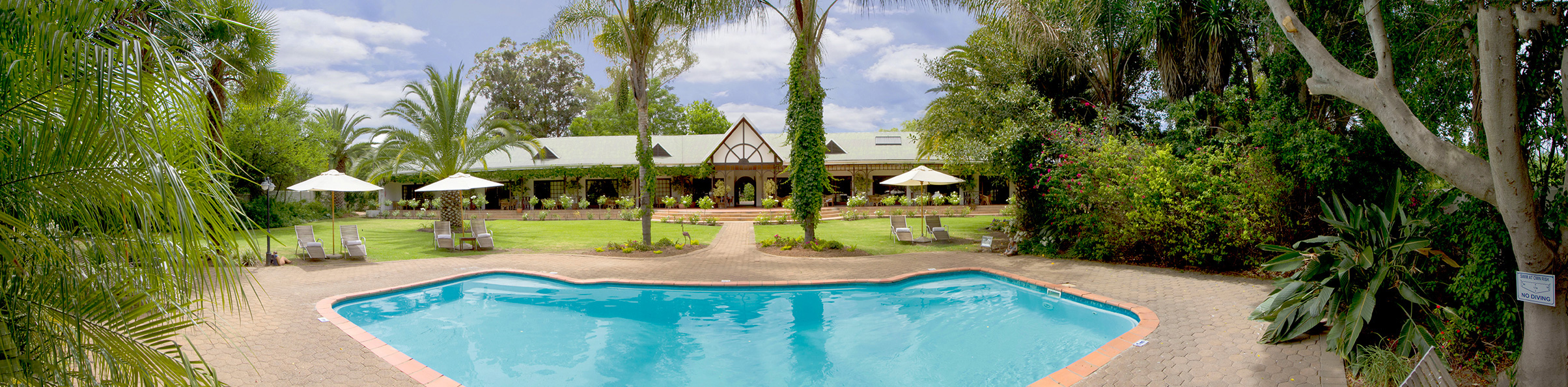 Hlangana Lodge Swimming Pool